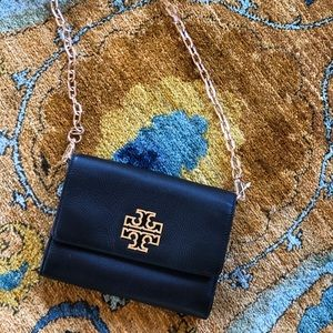 NWT Tory Burch Britten chain on wallet crossbody